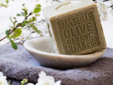 Tutte le virtù da riscoprire del sapone di Marsiglia