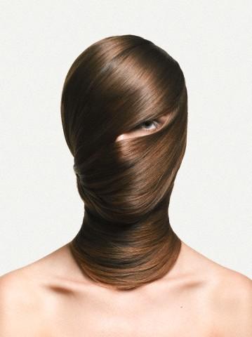 Una donna che perde i capelli perde anche le sue sicurezze ...