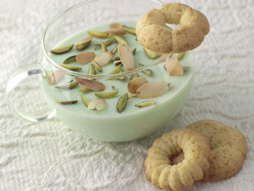 biscotti-di-farina-di-riso-e-frumento-con-crema-alla-zarina