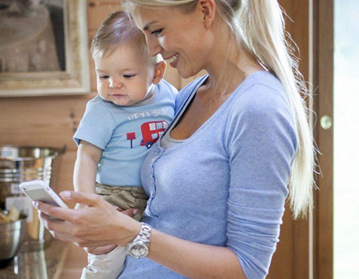 Quanto ci costa tornare al lavoro dopo un figlio