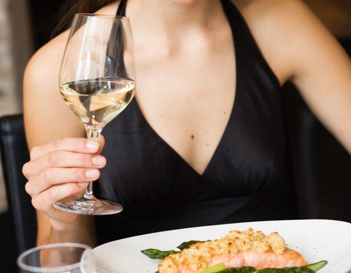 Capelli sani e lucenti, cosa mangiare - Donna Moderna