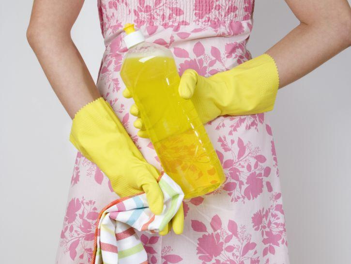 Come fare pulizie di primavera: rimedi della nonna