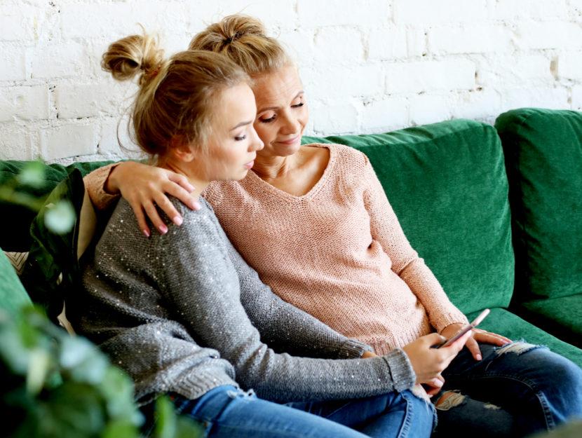 mamma e figlia amiche