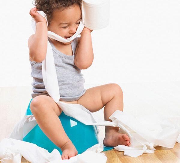 Togliere il pannolino è il primo vero traguardo consapevole che farà sentire il bambino veramente