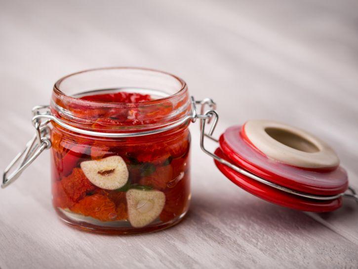Pomodori secchi sott'olio - Credits: Olycom