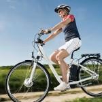 Con la bici elettrica ti muovi in piano e resti tonica