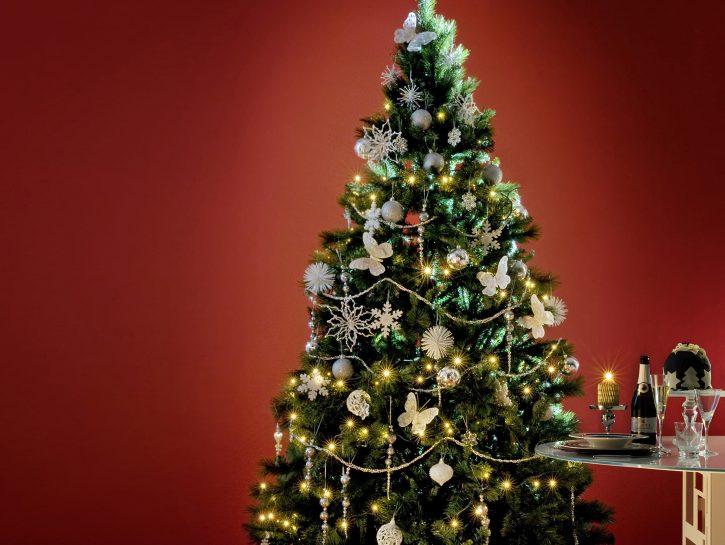 Albero Di Natale Con Biscotti Bucaneve.20 Idee Creative Per Addobbare L Albero Di Natale Low Cost Donna Moderna