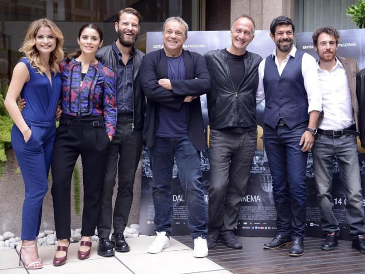 Alessandro Borghi e il cast di Suburra