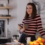"""Anne Hathaway nel film """"Lo stagista inaspettato"""""""