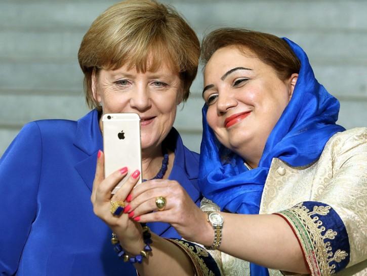 Merkel 2015 selfie