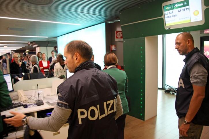 Aeroporto Fiumicino di Roma controlli sicurezza