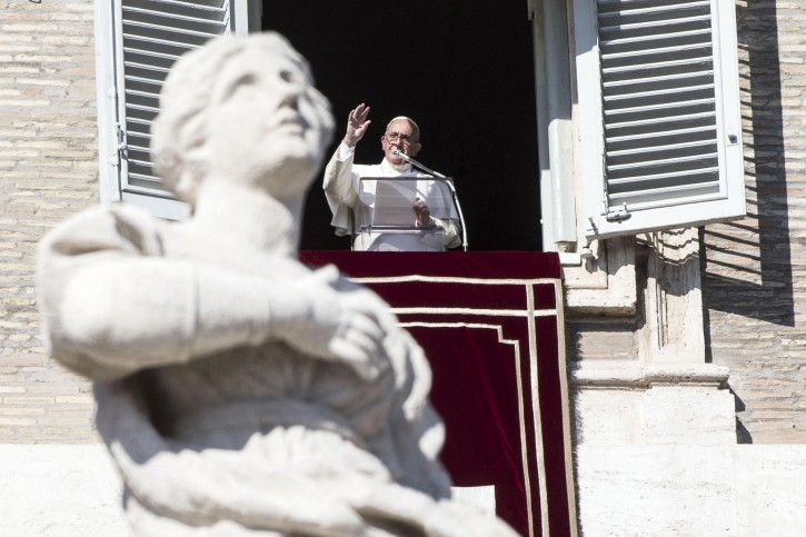 Papa Francesco Angelus Vaticano Roma