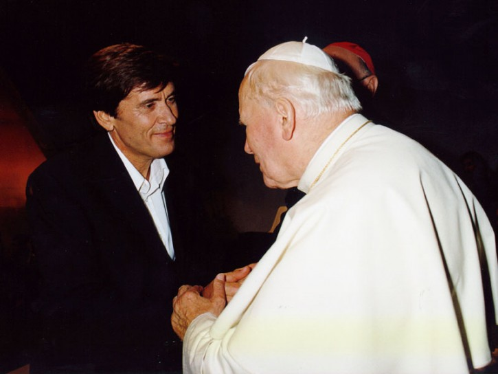 Gianni Morandi papa 1997