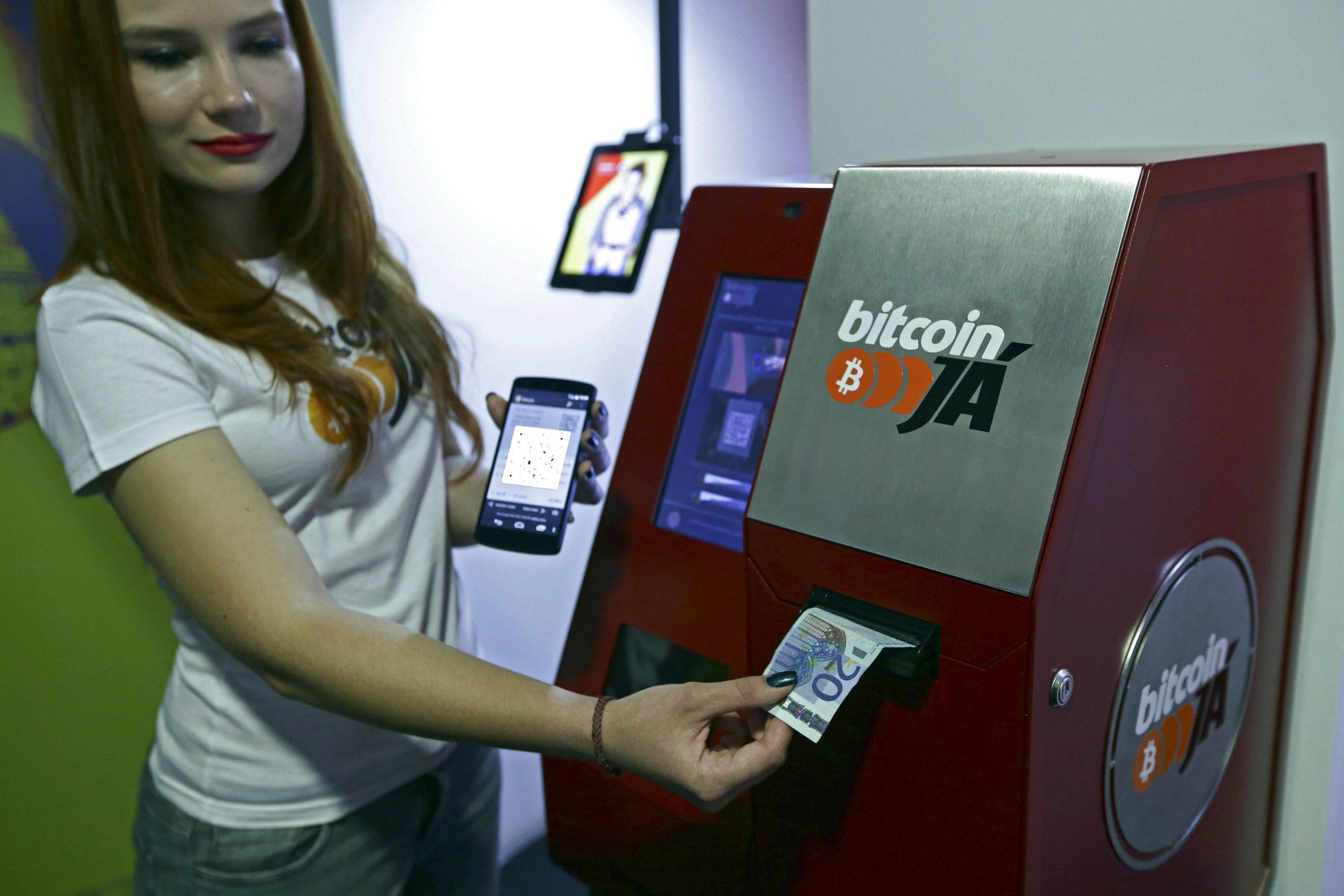 Bitcoin: valore in tempo reale e grafico aggiornato | SoldiOnline.it