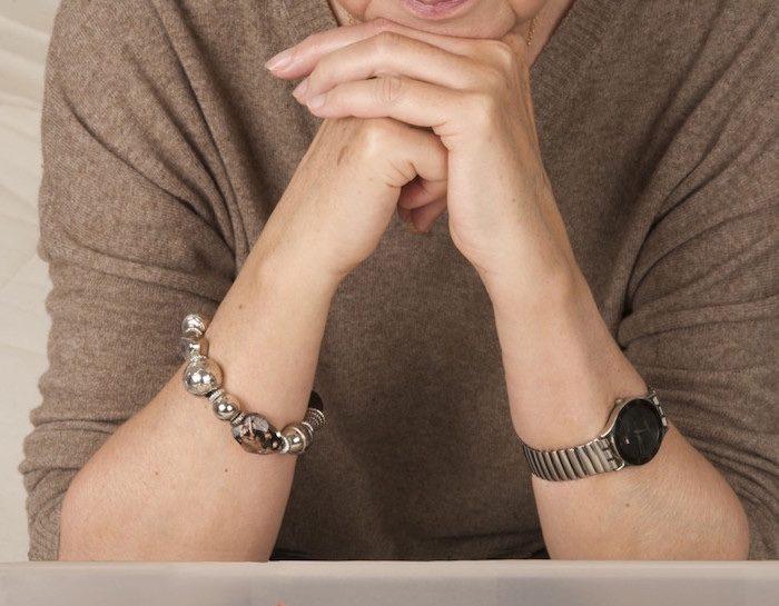 L'Alzheimer comporta un progressivo decadimento delle funzioni cognitive. Perdita di memoria, in par
