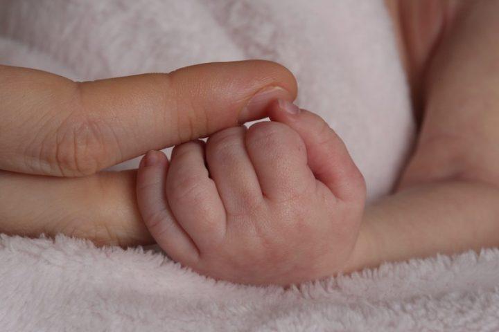 Fino a non molto tempo fa, nascere prematuri significava dover affrontare molteplici difficoltà, tr