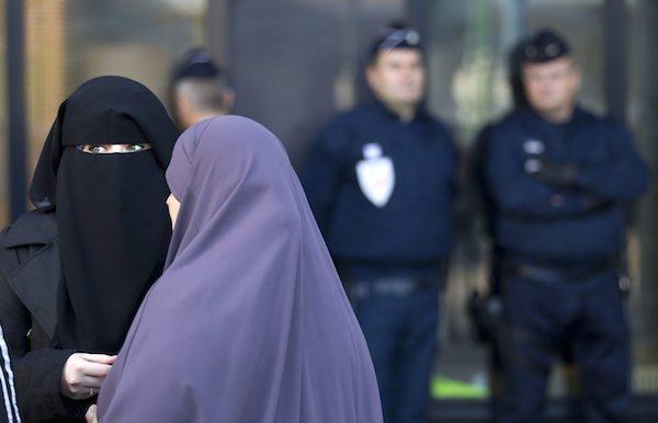 L'Islam, le donne e i bambini migranti