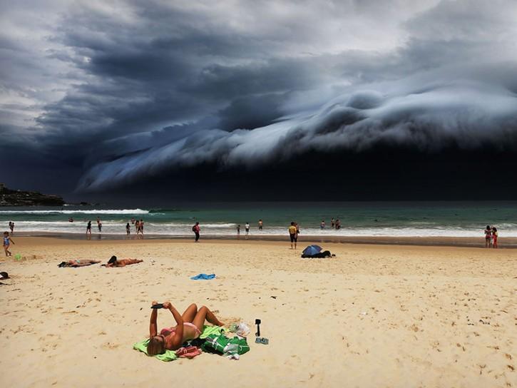 © Rohan Kelly Storm Front on Bondi Beach