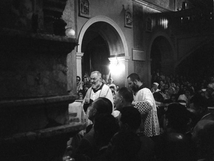 Padre Pio da Pietrelcina nel 1957