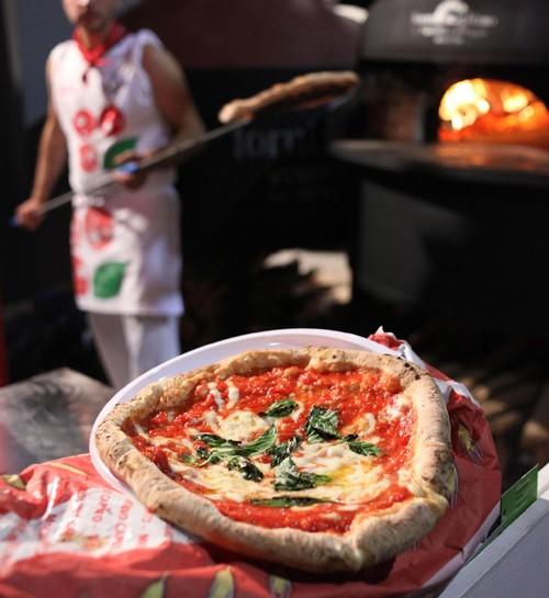 Pizza-Napoli-pizzaiolo
