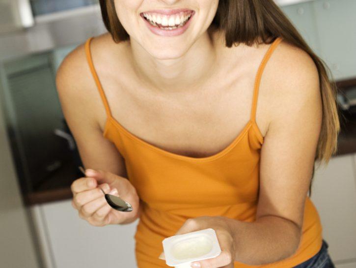 Yogurt: pelle più bella con i rimedi della nonna