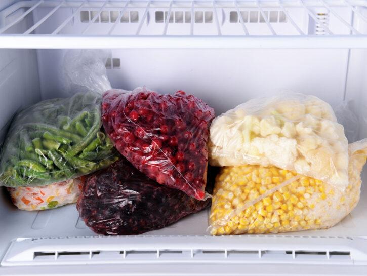Frutta e verdura in freezer