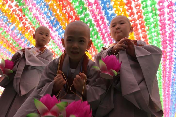 Aspiranti monaci buddisti a Seoul