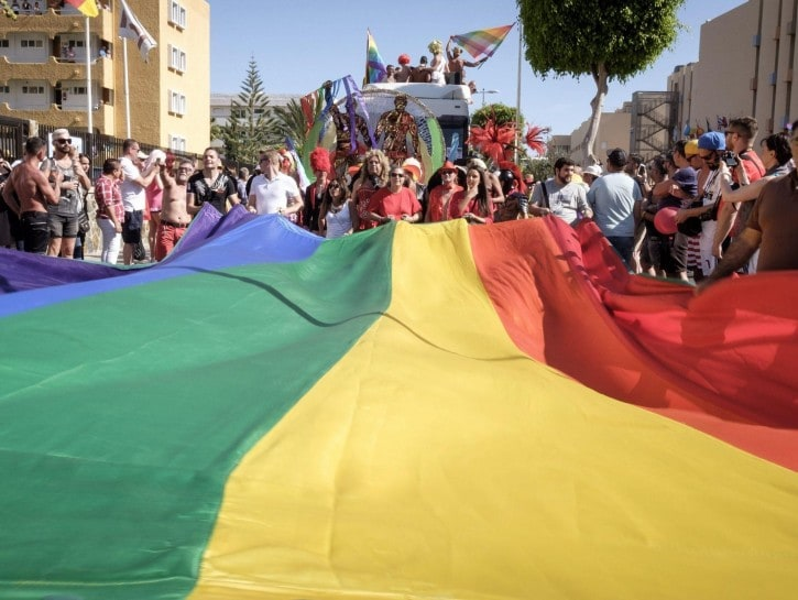 Parata per i diritti gay