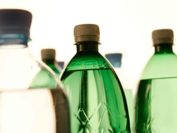 Eliminare bottiglie in plastica
