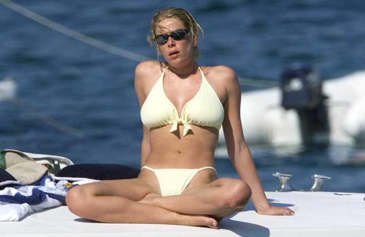 Alessia Marcuzzi al mare