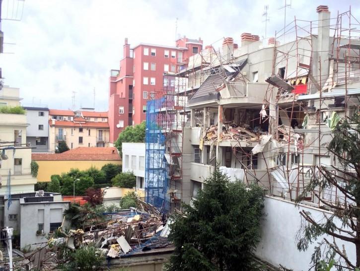 Esplosione Milano fuga di gas