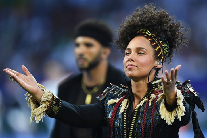 Alicia Keys senza trucco