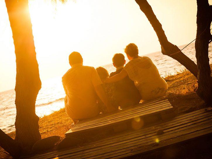 RISCOPRI L'OZIOAbbiamo creato una società ricca... di comfort, benessere e stress. Combattiamo con