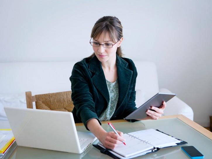 Donna lavoro casa computer professioni