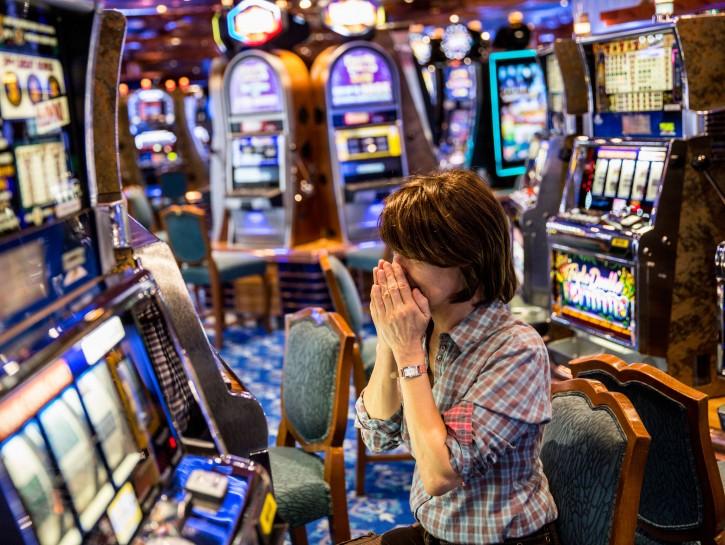 Gioco azzardo donna casino