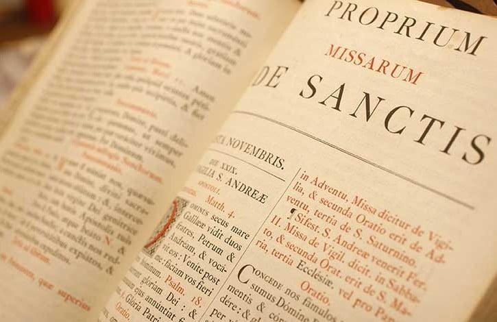 libro in lingua latina