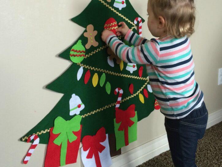 Albero Di Natale Per Bambini Piccoli.Gli Addobbi Per L Albero Di Natale Da Fare Con I Bambini Donna Moderna