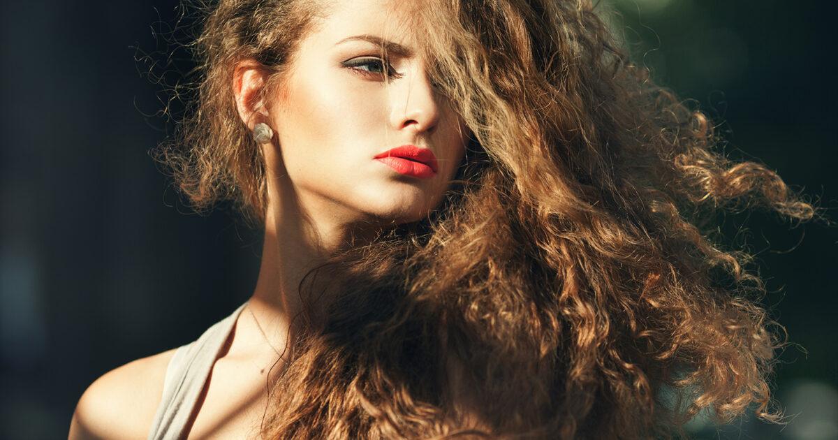 Liberati dai capelli crespi: prodotti migliori e rimedi ...