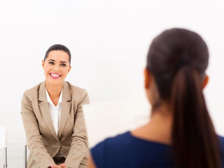 Colloquio di lavoro due donne
