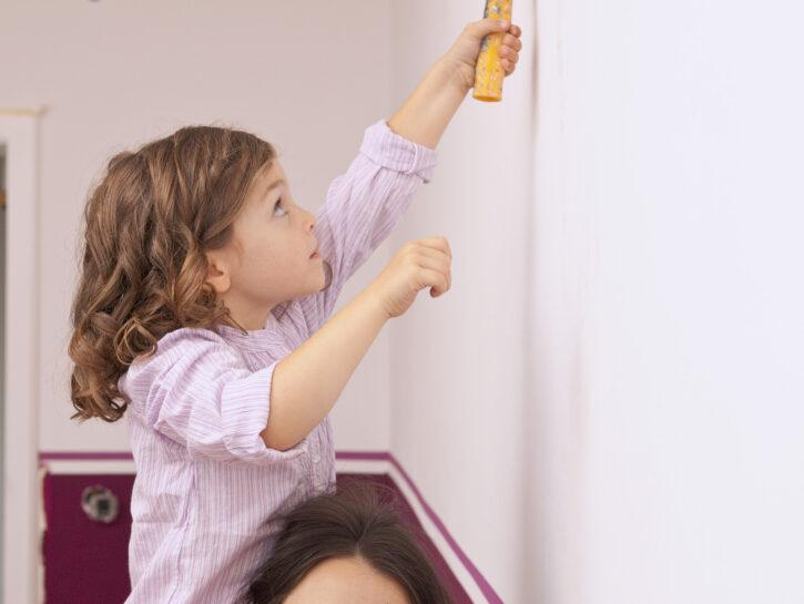 Come pulire le pareti di casa: trucchi