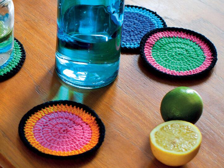 Sottobicchieri colorati uncinetto