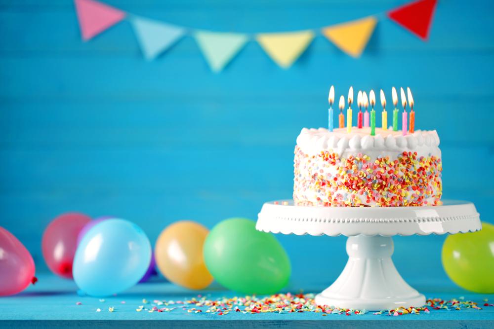 Super Auguri di compleanno: le Frasi più Belle per gli auguri di Buon QH08