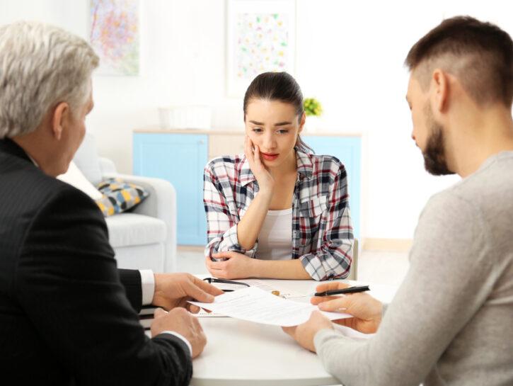 Divorzio coppia con avvocato documenti