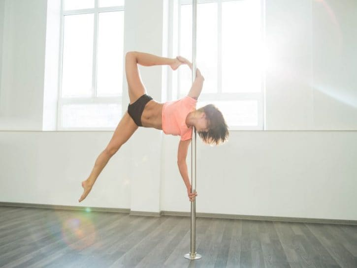 pole dance donna