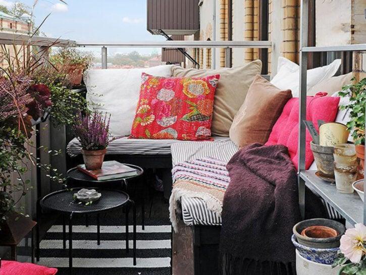 Arredare un balcone piccolo: idee furbe su misura per il tuo spazio!