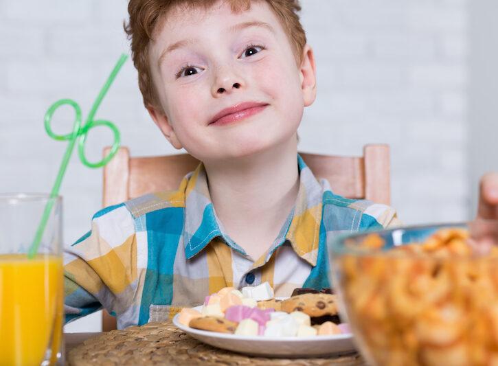 Zuccheri: perché fanno male ai bambini