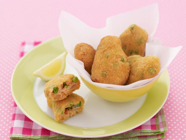 Polpette di salmone e verdure stile nuggets