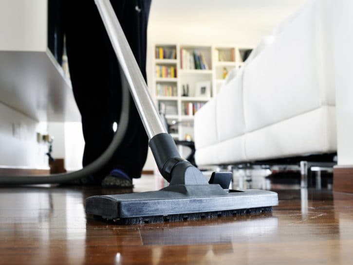 Colf casa pulizie aspirapolvere