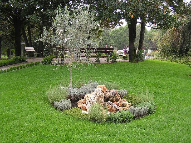 Cimitero Milano giardino dispersione ceneri