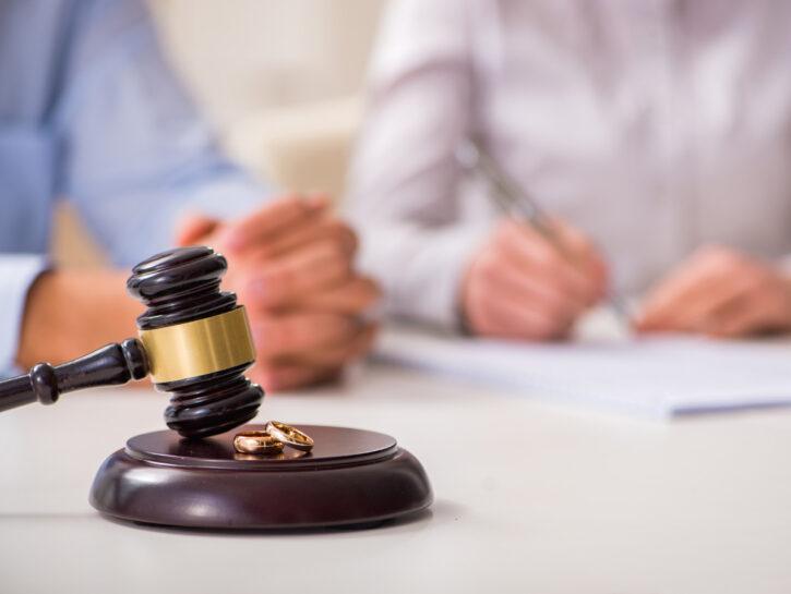 Divorzio giudice tribunale fedi